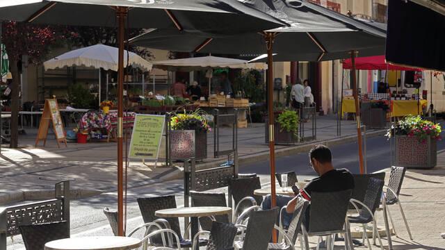Terrasses de café à Bédarieux ©G.Souche