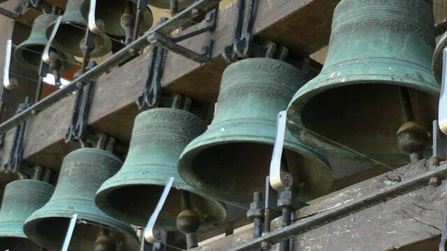 Cloches de espace vins et campanes de Magalas