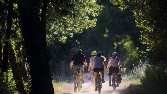 Vélos sur la Voie Verte Passa Païs ©G.Souche
