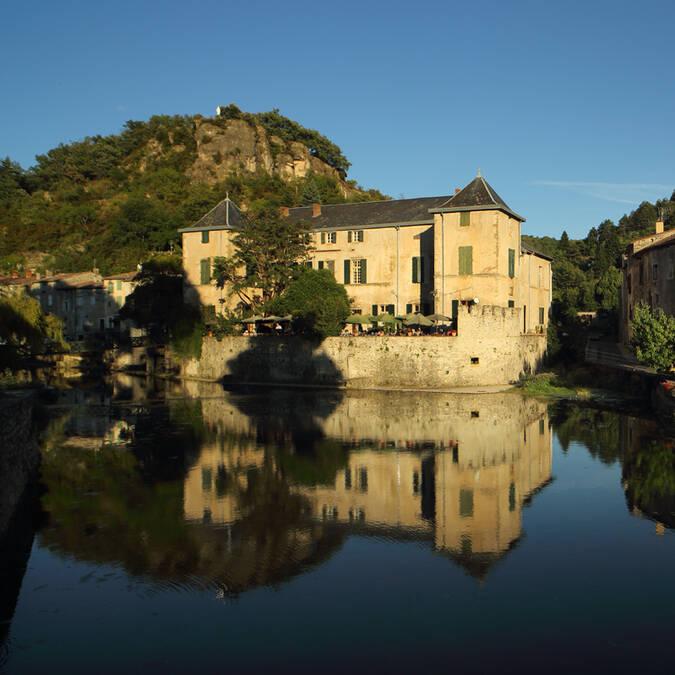 Chateau de Lunas