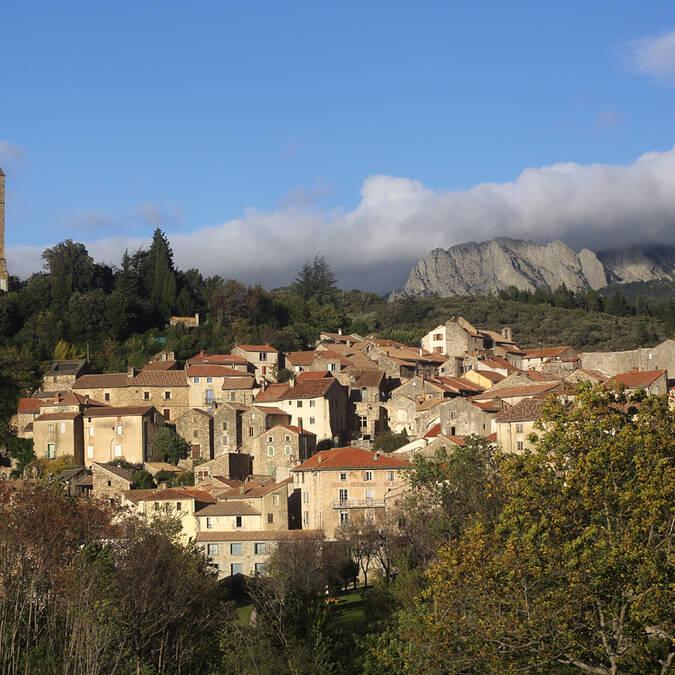 Village perché Pays d'Art et d'Histoire Haut Languedoc et Vignobles